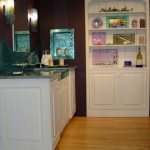 built-in-cabinet-glass-hand-made-accessories