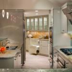 sub-zero-bi36s-refrigerator-700br-undercounter-refrigerator-custom-glass-lighted-backsplash